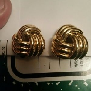 Avon Jewelry - Vintage Avon Gold Colored Metal Clip On Earrings.